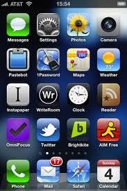 An unorganized iPhone