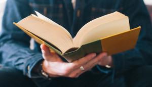bookinhand